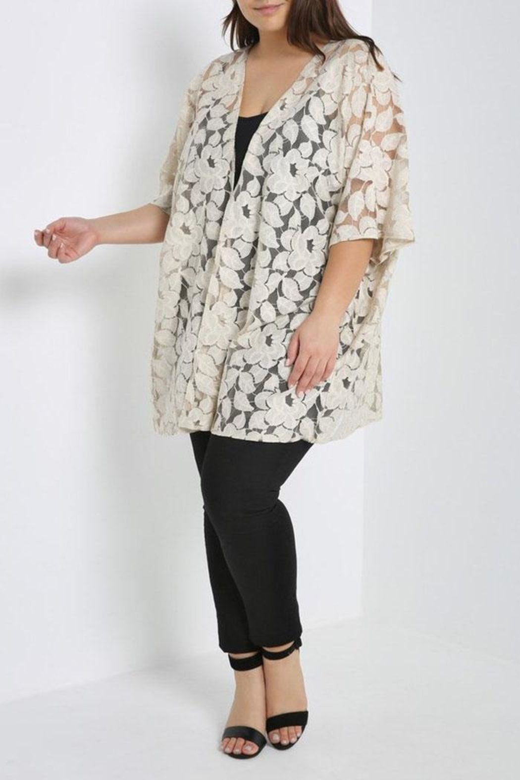 MaiTai Floral Lace Kimono - Front Cropped Image