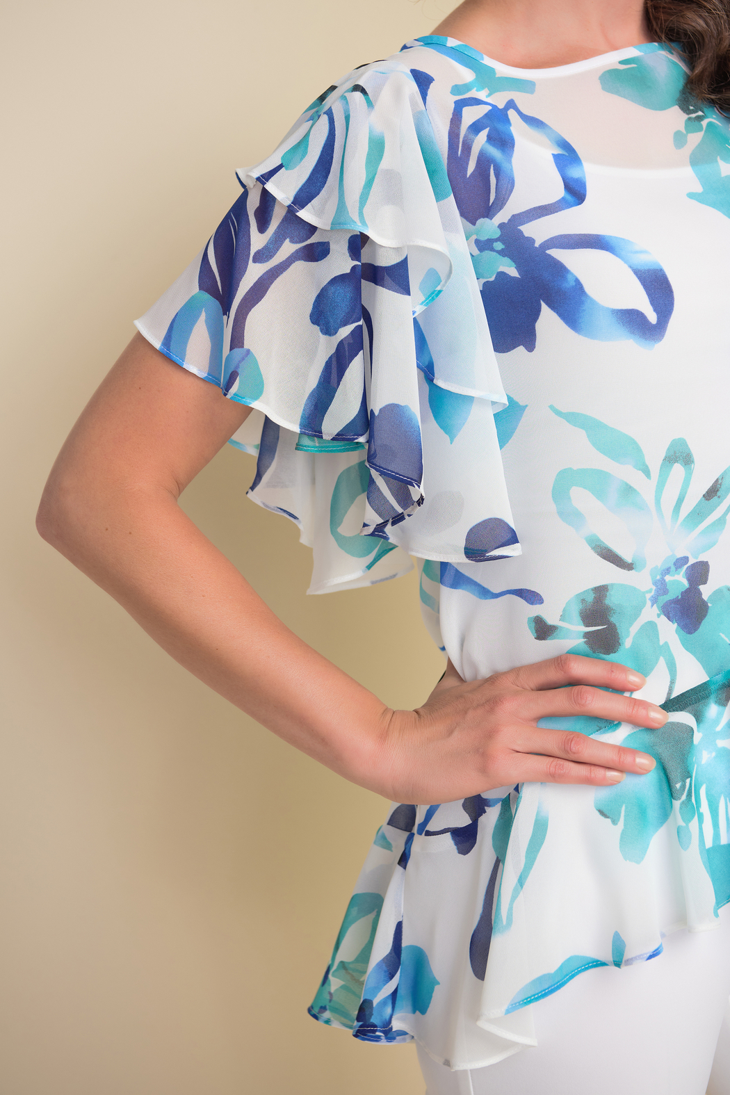 Joseph Ribkoff  Floral pattern tunic top, ruffled sleeves and ruffled hem. - Side Cropped Image