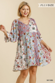 Umgee Plus  Floral Pint Puff Sleeves - Product Mini Image