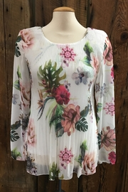 Point Zero Floral Pleated Top - Product Mini Image