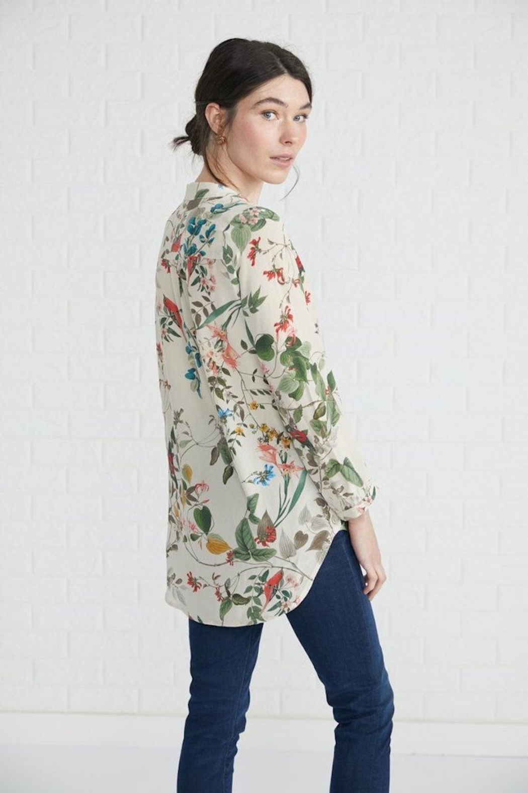 Amour Vert Floral Print Blouse - Front Full Image