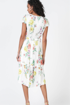Current Air Floral Print Midi Dress with a Soft Crinkle Texture - Alternate List Image