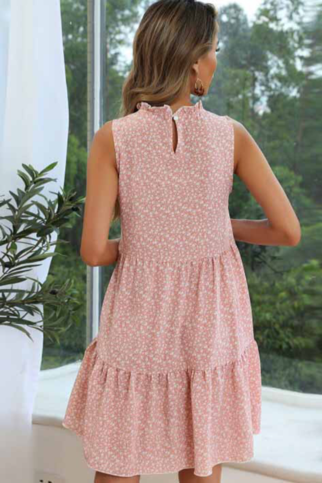 Esley Collection Floral Print Tiered Dress - Side Cropped Image