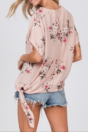 CY Fashion Floral Print Top - Side cropped