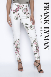 Frank Lyman Floral Print Woven Jeans Pant - Front cropped