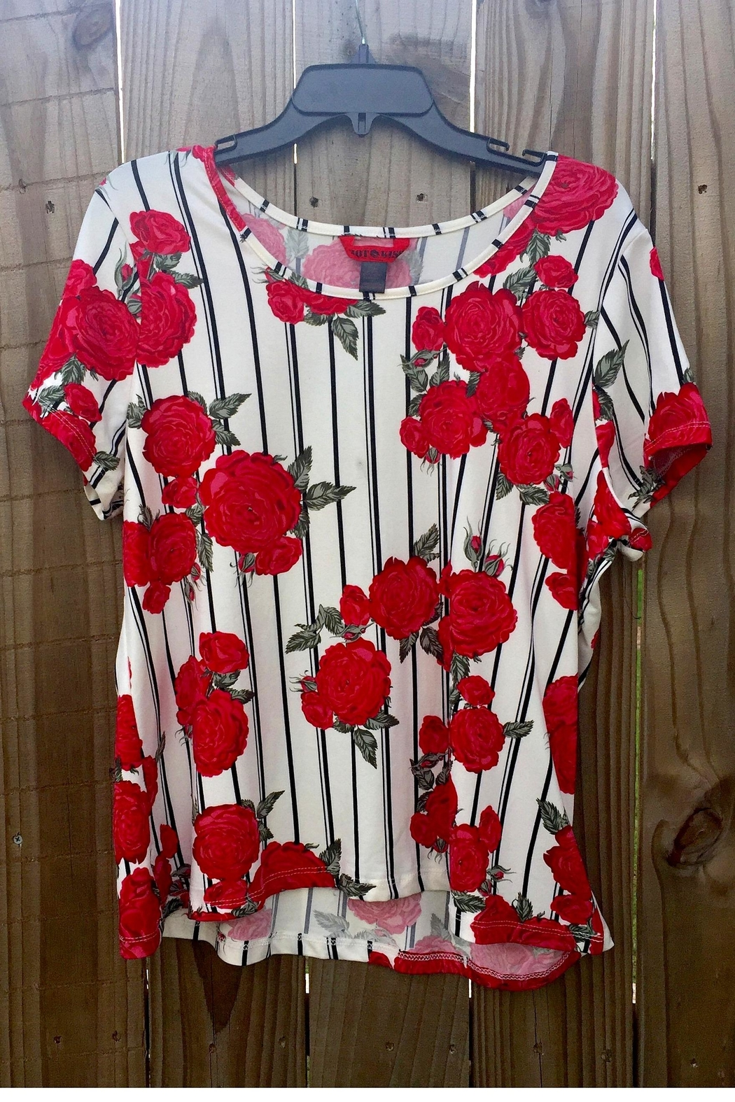 Hot Kiss Floral Rose Top - Main Image