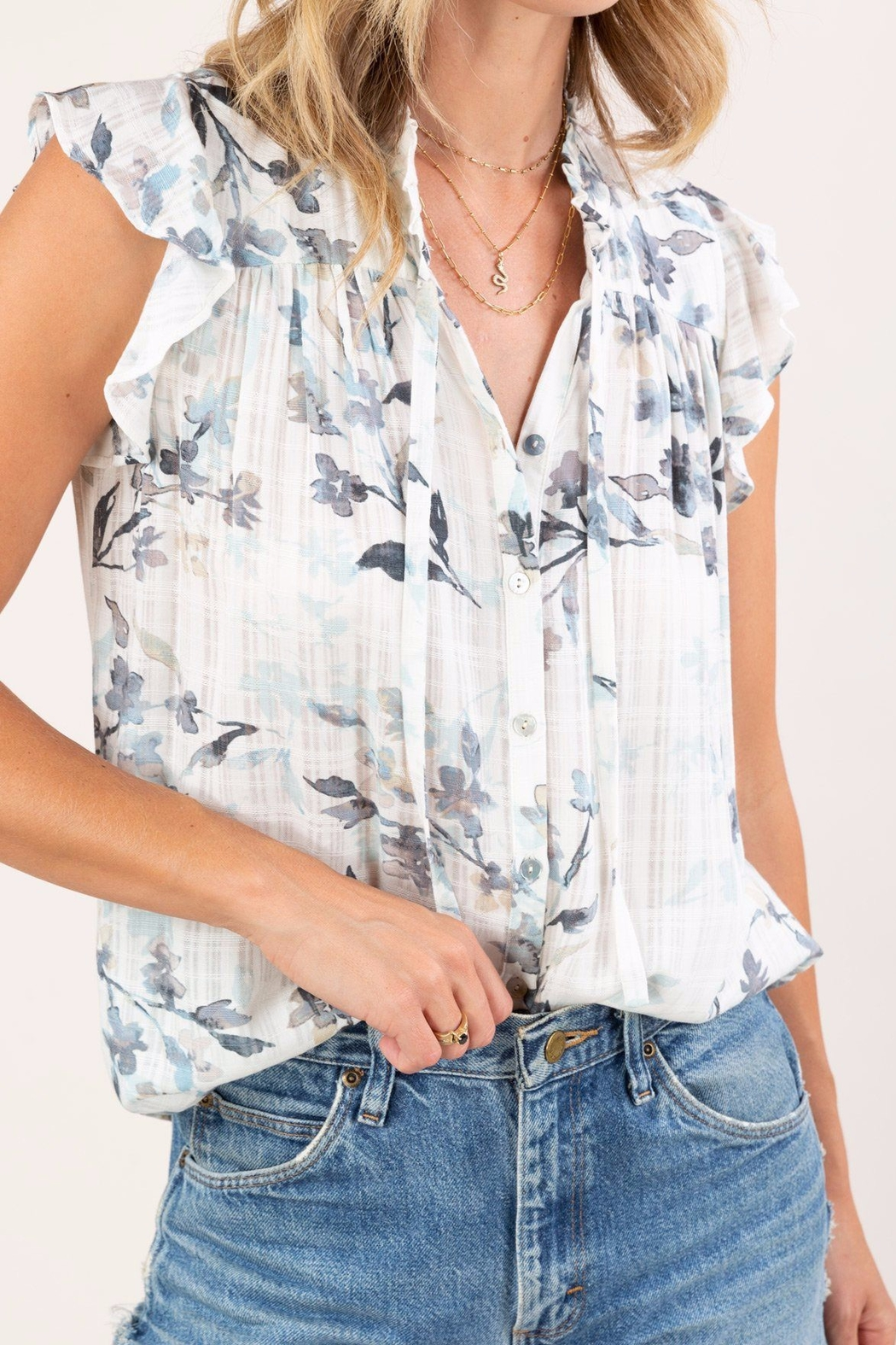 Lovestitch  Floral Ruffle-Sleeve Top - Side Cropped Image