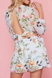 Peach Love California Floral Set - Back cropped