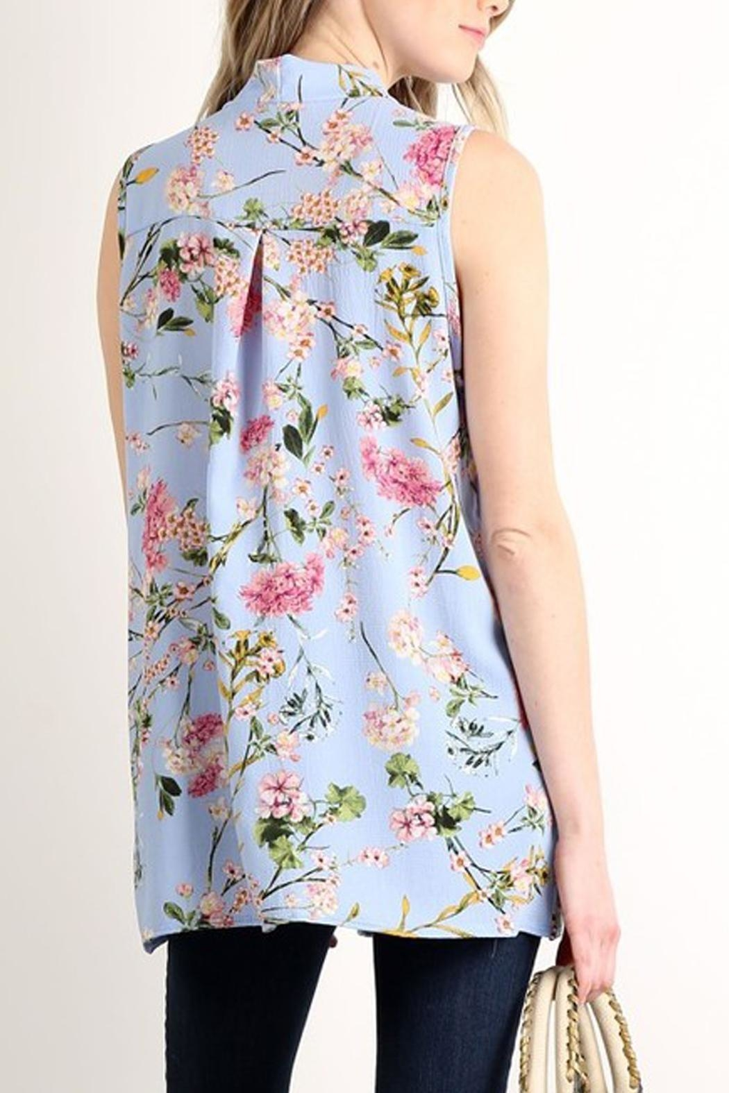 Lara Fashion Floral Sleeveless Tie-Top - Front Full Image