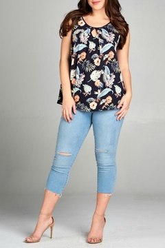 tua Floral Sleevelss Top - Product List Image