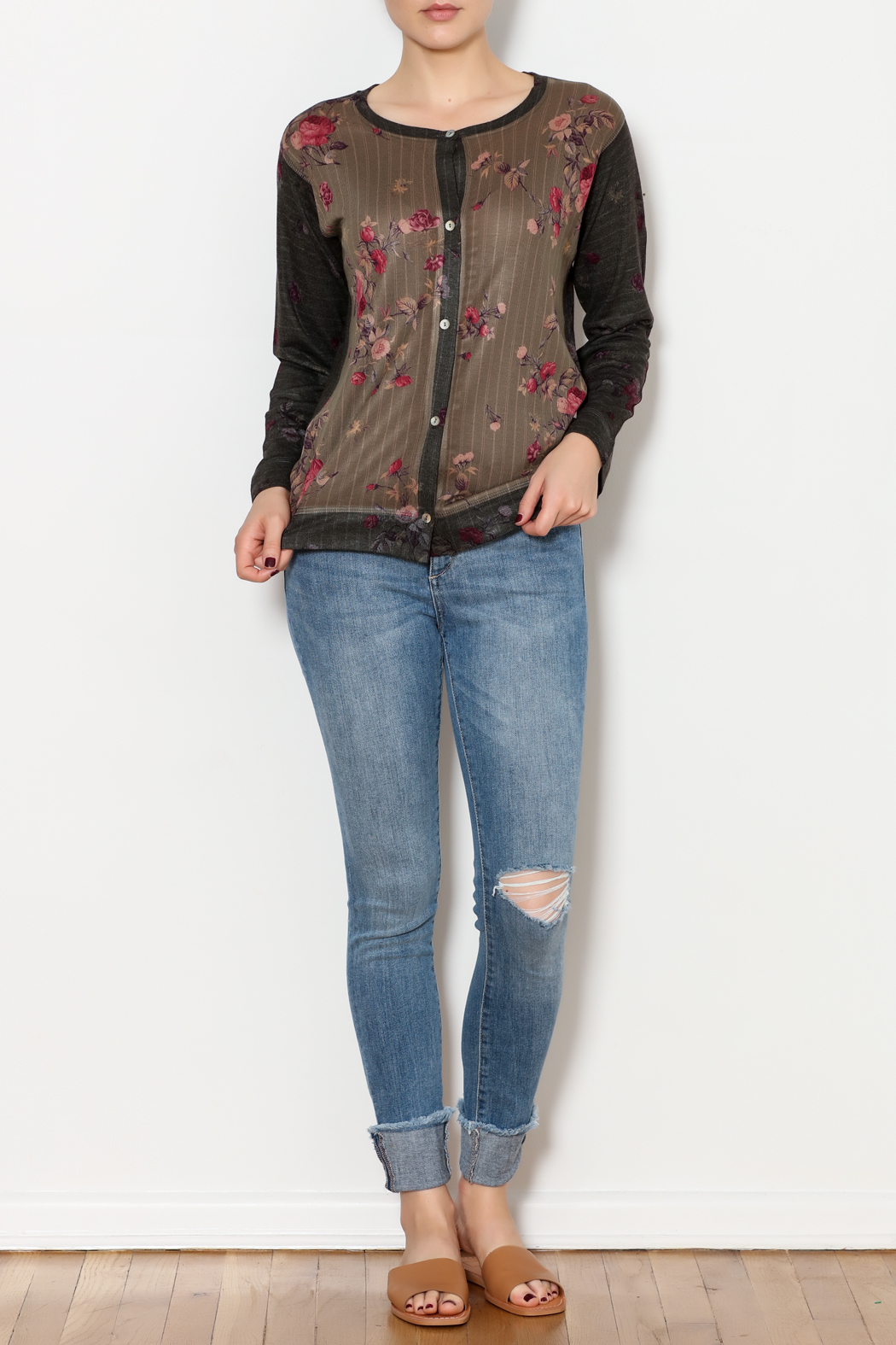 Nally & Millie Floral sweater - Side Cropped Image