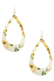 Wholesale Fashion Floral Teardrop Earrings - Product Mini Image