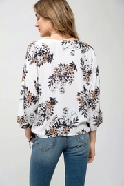 Blu Pepper Floral Tie-Front Top - Side cropped