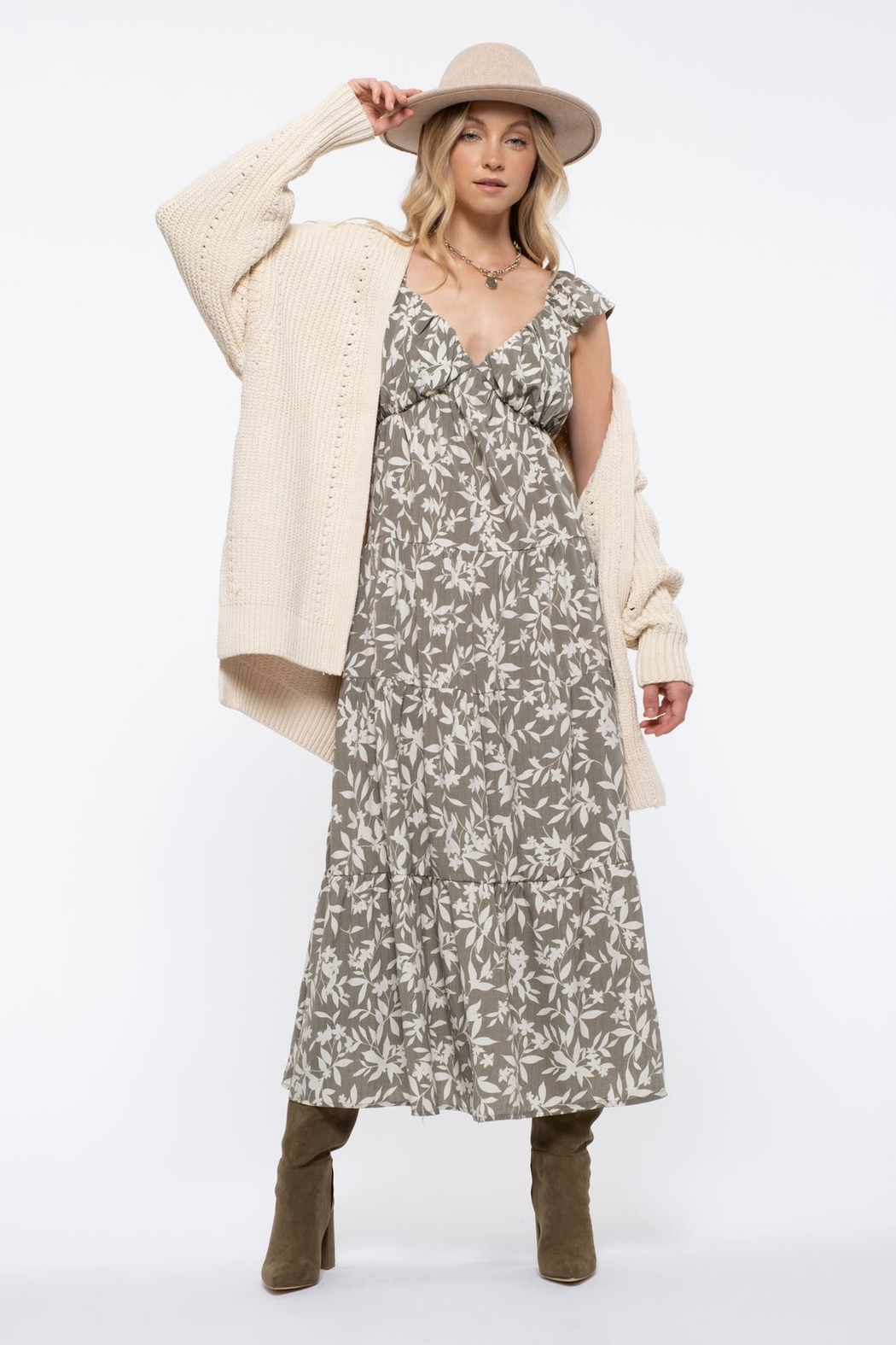 blu pepper  Floral Tiered Maxi Dress - Side Cropped Image