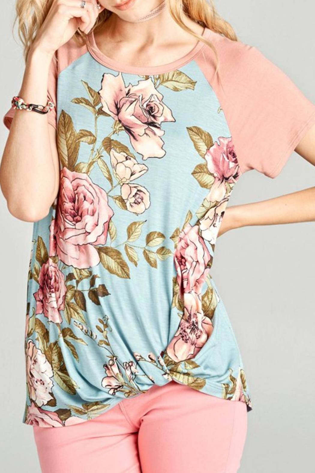 Oddi Floral Top - Front Cropped Image