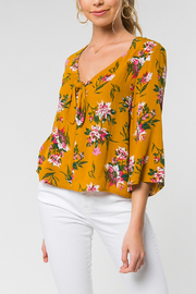 Everly Floral Top - Product Mini Image