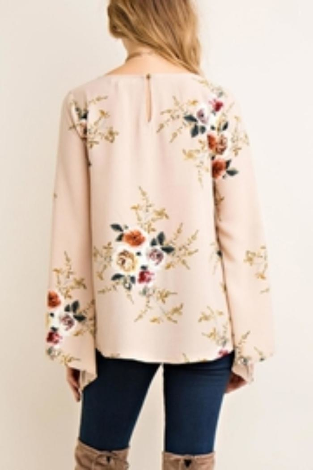 Entro Floral Top - Front Full Image
