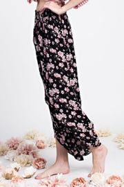 easel Floral Tulip Pant - Back cropped