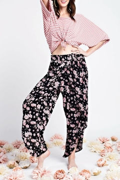 easel Floral Tulip Pant - Product List Image