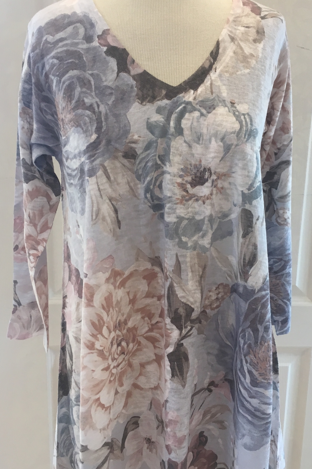 Nally & Millie Floral Tunic - Main Image