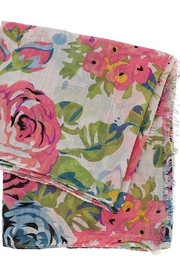 Look Floral Vicose Scarf - Front full body