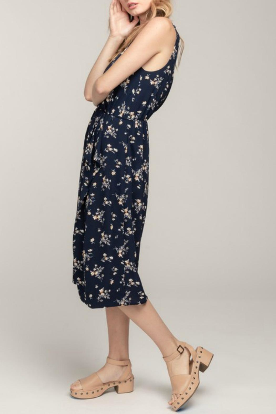 Everly Floral Wrap Midi-Dress - Side Cropped Image