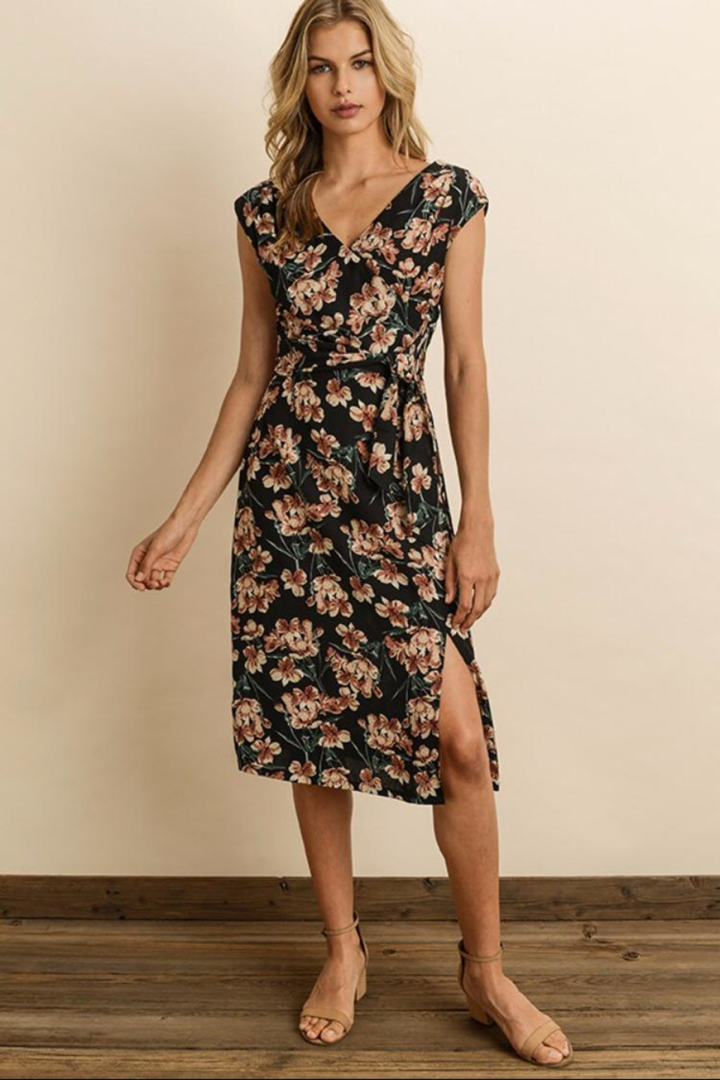 47aa1519c0f4 dress forum Floral Wrap Midi-Dress from Los Angeles by Chikas ...