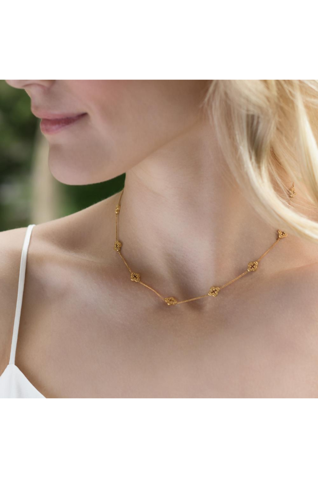 The Birds Nest Florentine Demi-Delicate Necklace Gold - Front Full Image