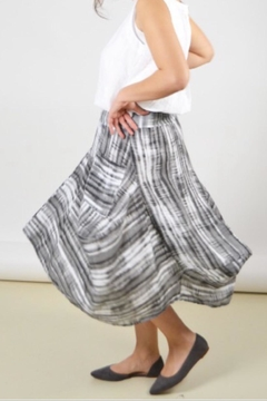 Inizio Flouncy Linen Skirt - Alternate List Image
