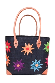 Purseonality Flower Beach Tote - Front cropped