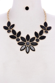 Unlabel Flower Black Necklace-Set - Product Mini Image