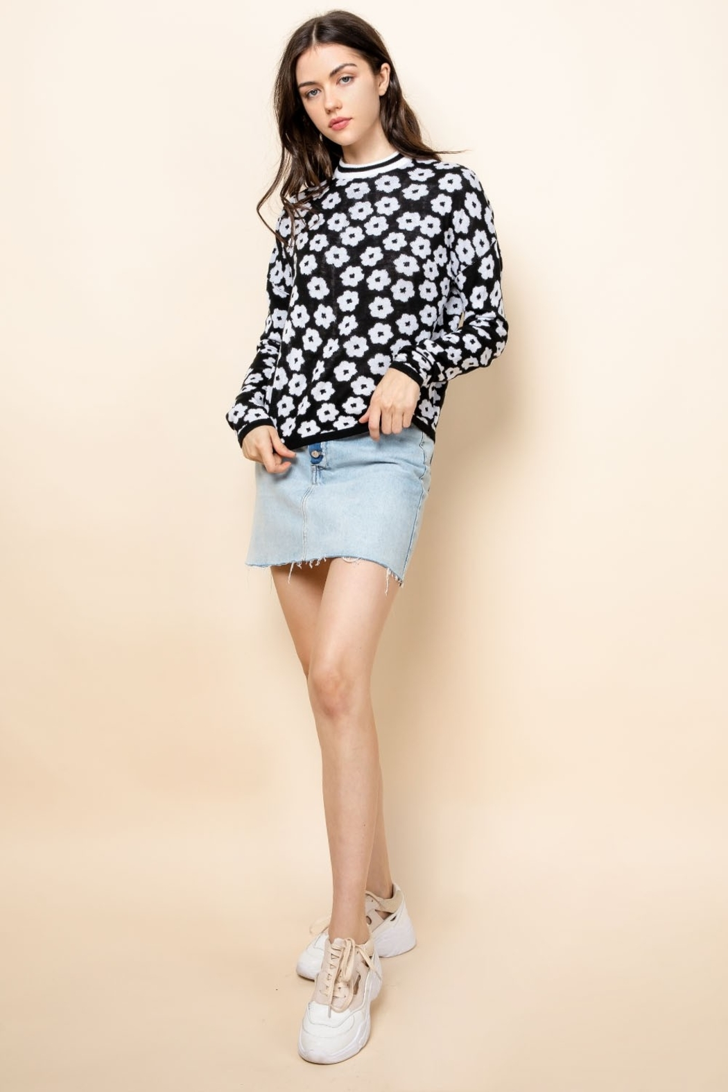 Thml Flower Crewneck Sweater - Side Cropped Image