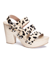 Chinese Laundry FLOWER HEELED - Front cropped