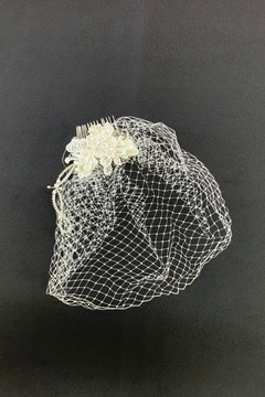Lucky Collections Flower + Netting Headpiece - Alternate List Image
