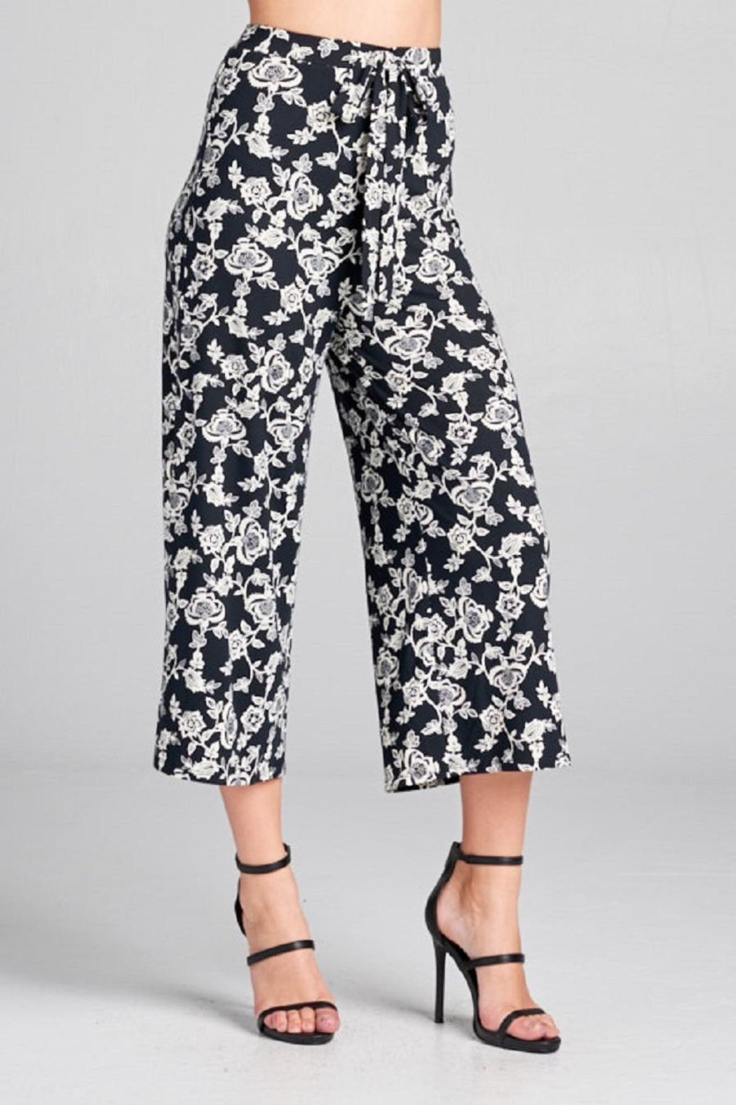 DNA Couture Flower Printed Pants - Front Cropped Image