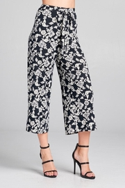 DNA Couture Flower Printed Pants - Front cropped