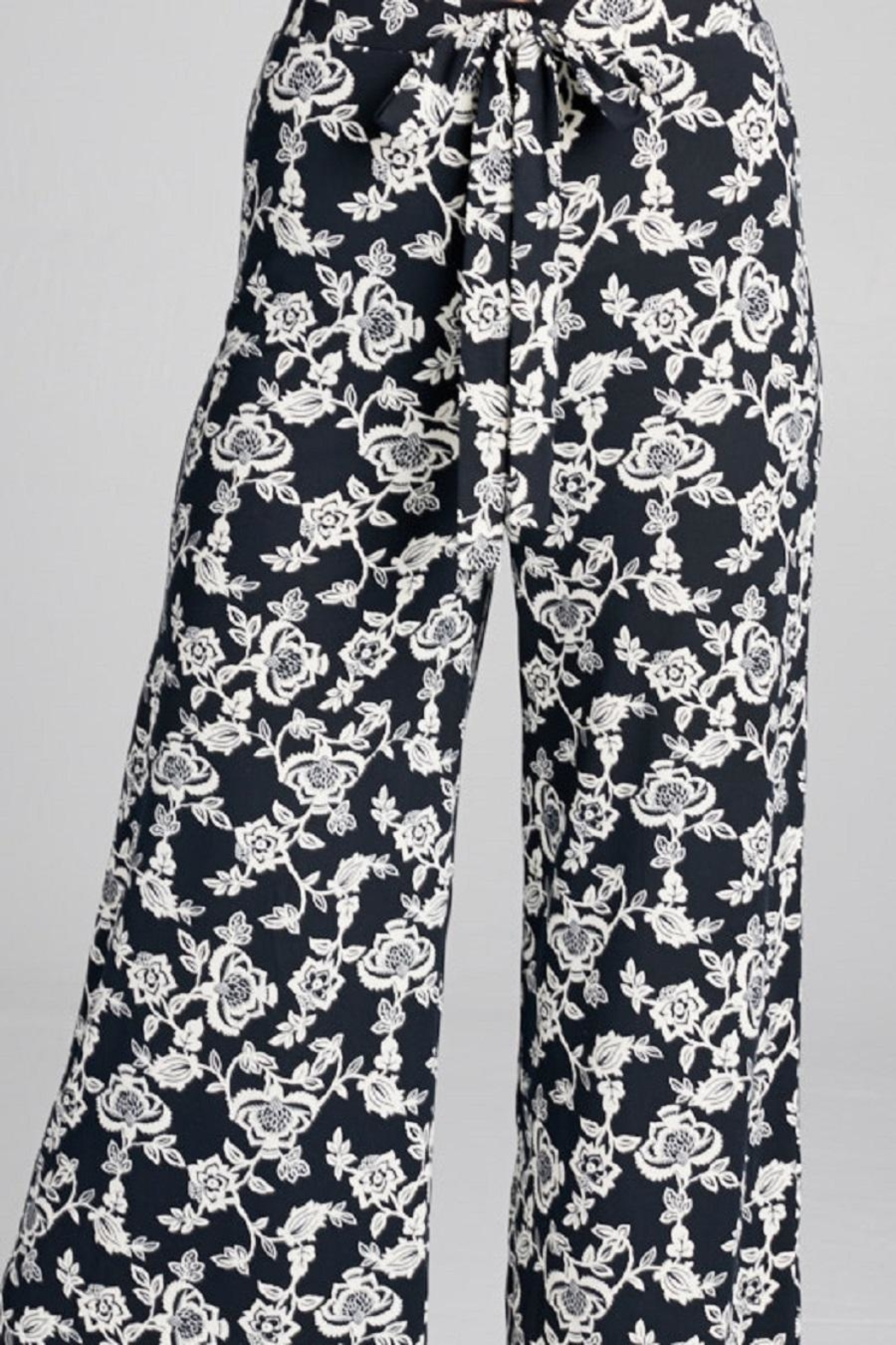DNA Couture Flower Printed Pants - Back Cropped Image
