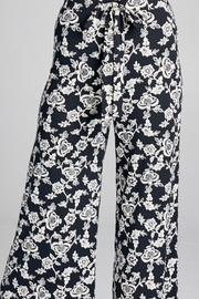 DNA Couture Flower Printed Pants - Back cropped