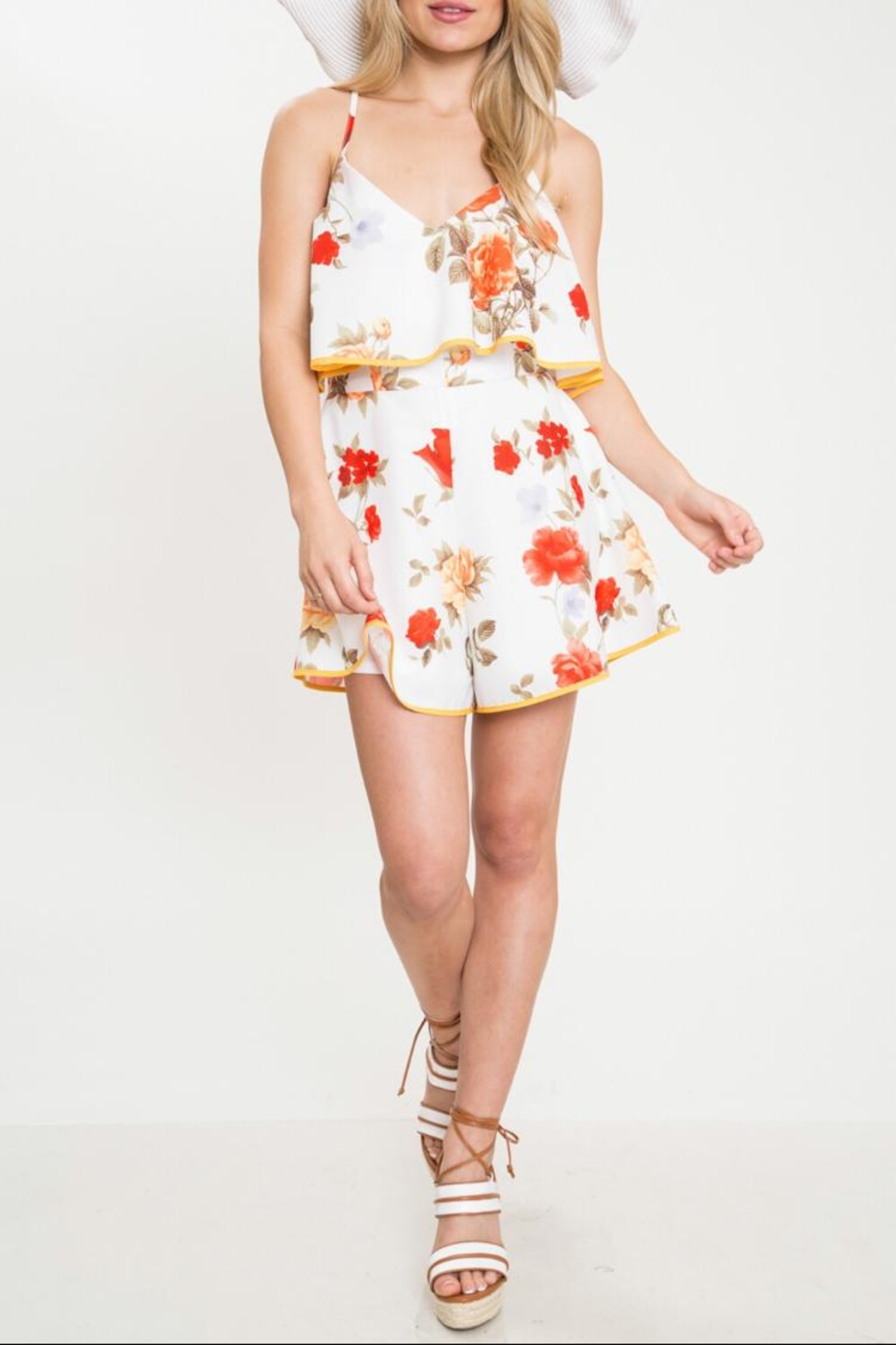 Latiste Flower Romper W/border - Front Cropped Image
