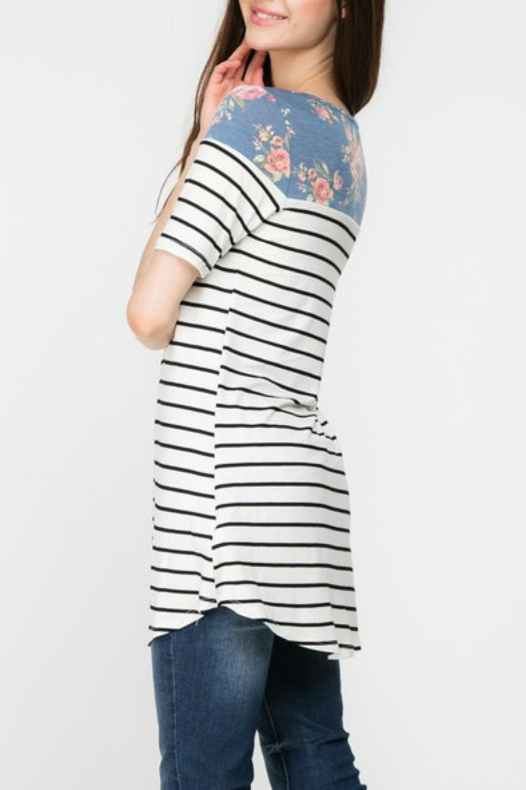 Adora Flowers-And-Stripes Long Tee - Front Full Image
