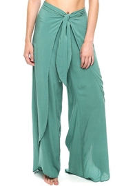 Shoreline Flowy Beach Pant - Front cropped