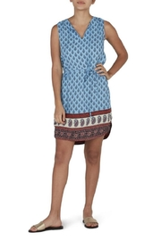 beachlunchlounge Flowy Feather Dress - Front cropped