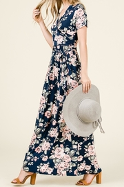 7th Ray Flowy Floral Maxi - Product Mini Image