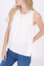onetheland Flowy Sleeveless Top - Product Mini Image