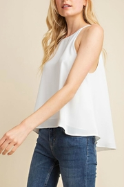 Gilli USA Flowy White Tank-Top - Product Mini Image
