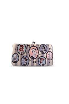 Fluff Cameo Dolls Wallet - Product List Image