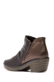 Fly London Fly Wezo Boot - Side cropped