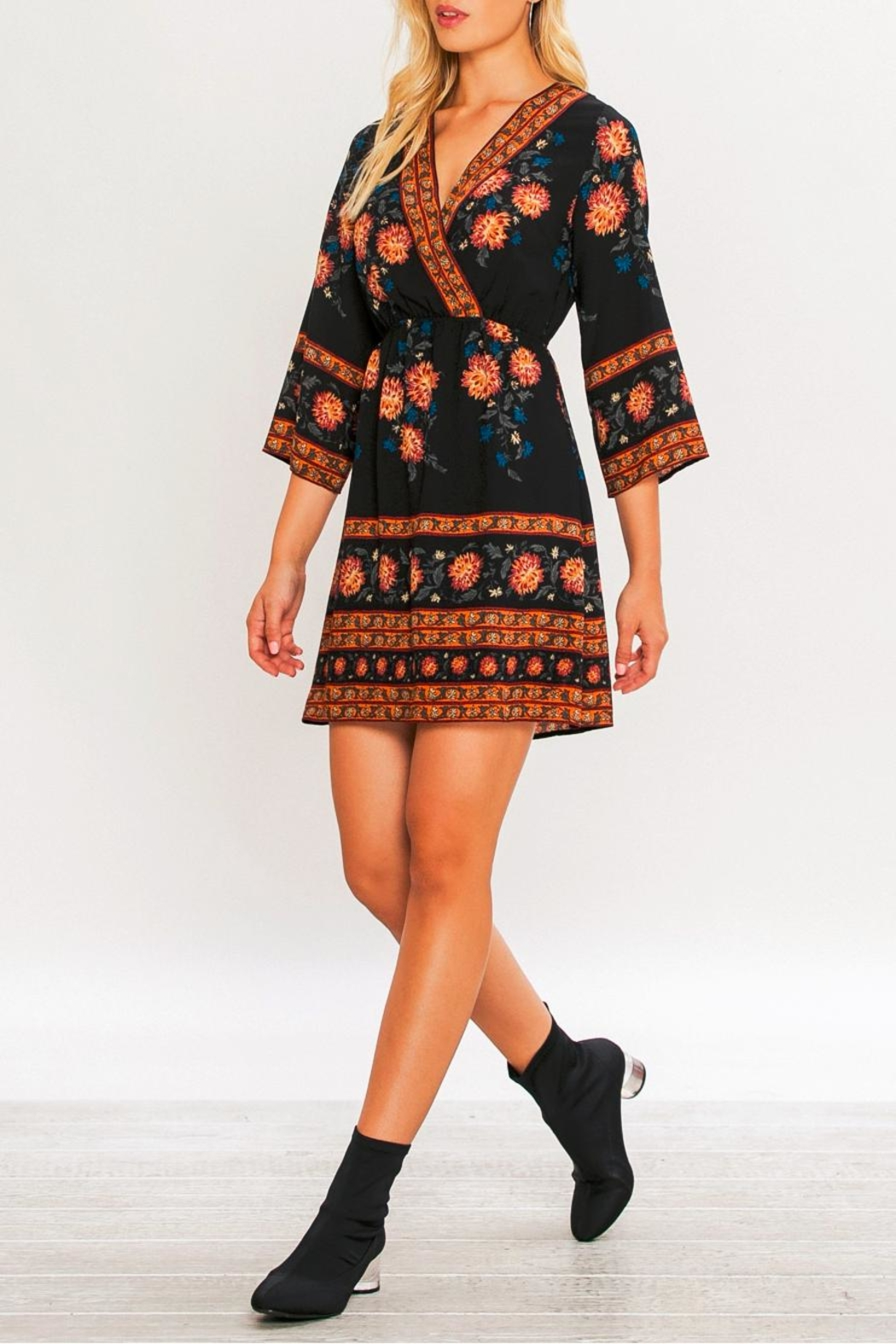 Flying Tomato Border Print Kimono Dress - Side Cropped Image