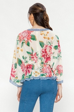 Flying Tomato Floral Print Blouse - Alternate List Image