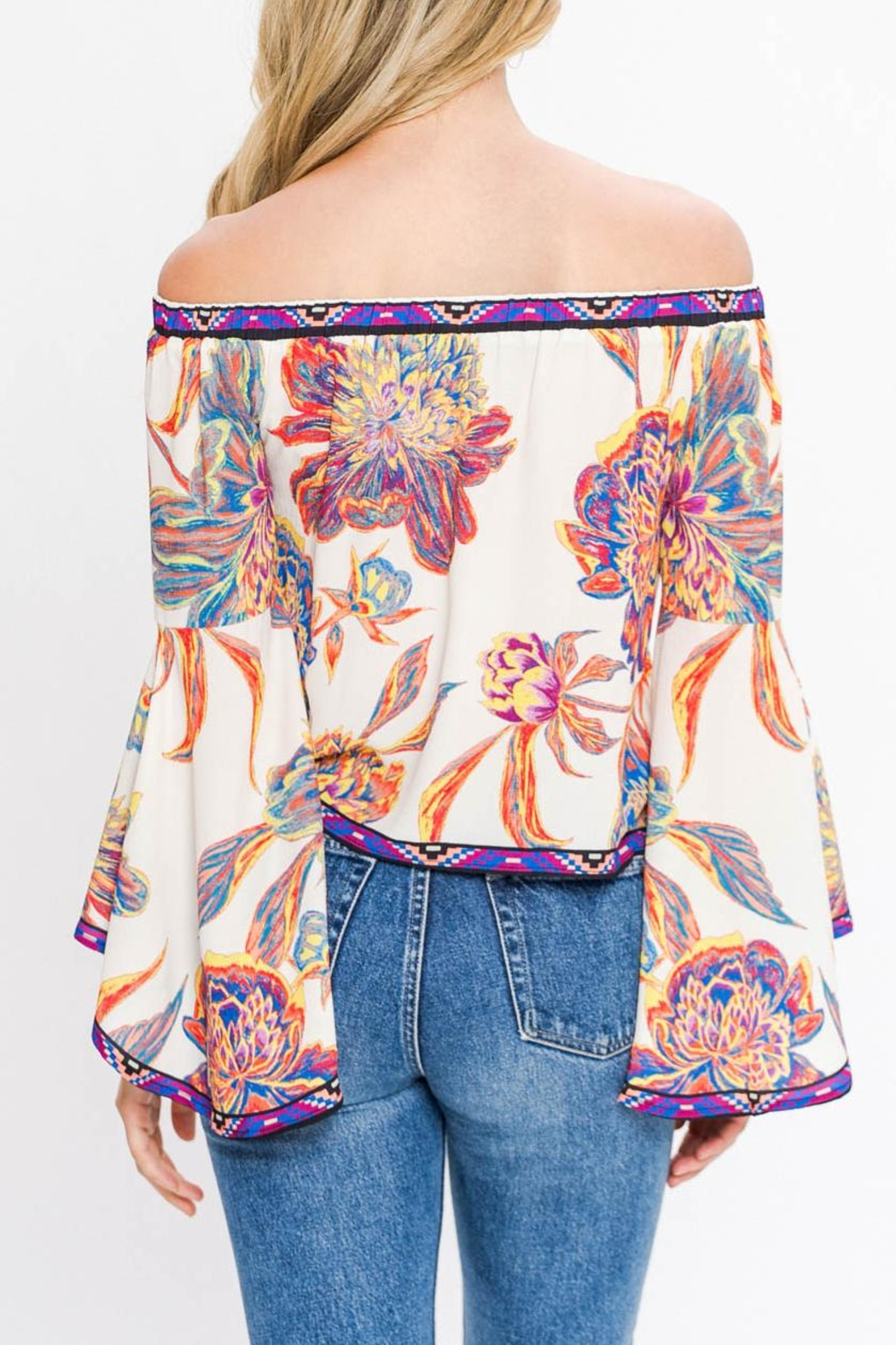 Flying Tomato Off Shoulders Floral - Front Full Image